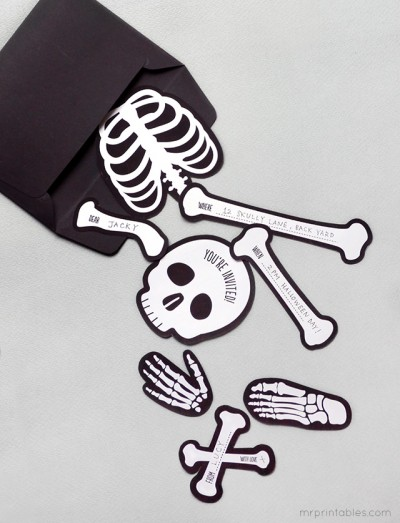 halloween-invitation-bag-o-bones