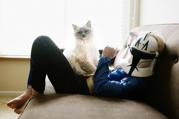criança e gato 3