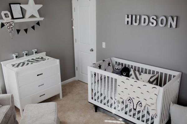 quarto bebe branco e preto_decoracao10