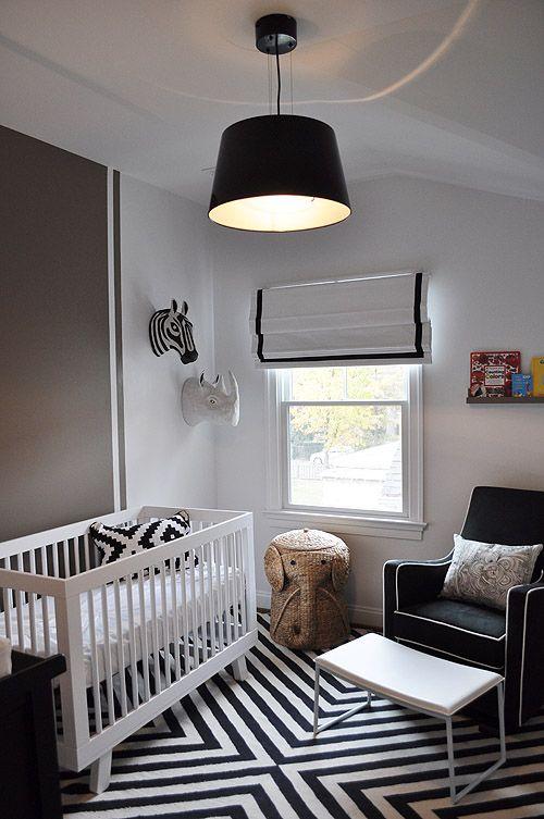 quarto bebe branco e preto_decoracao5