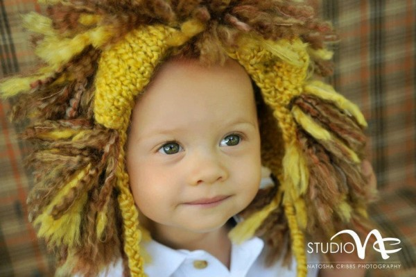 Hand-Knit-Lion-Hat