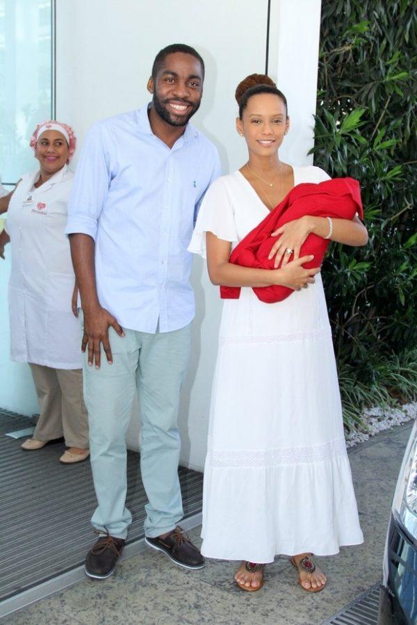 tais_araujo_look_saida_maternidade
