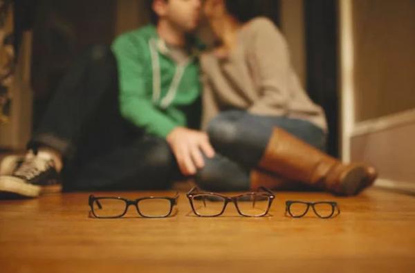 anuncio_gravidez_oculos